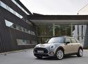 Фото авто Mini Clubman 2 поколение, ракурс: 45 цвет: серый