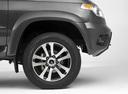 Фото авто УАЗ Patriot 2 поколение [рестайлинг], ракурс: колесо цвет: серый