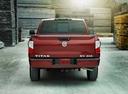Фото авто Nissan Titan 2 поколение, ракурс: 180 цвет: красный