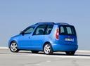 Фото авто Skoda Roomster 1 поколение, ракурс: 135 цвет: голубой