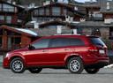 Фото авто Fiat Freemont 345, ракурс: 135 цвет: красный