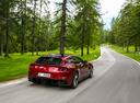 Фото авто Ferrari GTC4Lusso 1 поколение, ракурс: 225 цвет: вишневый