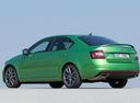 Фото авто Skoda Octavia 3 поколение [рестайлинг], ракурс: 135 цвет: зеленый