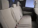 Фото авто Toyota Tundra 2 поколение [рестайлинг], ракурс: задние сиденья