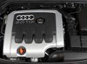 Фото авто Audi A3 8P, ракурс: двигатель
