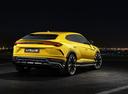 Фото авто Lamborghini Urus 1 поколение, ракурс: 225 цвет: желтый