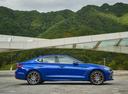 Фото авто Genesis G70 1 поколение, ракурс: 270 цвет: синий