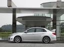 Фото авто Subaru Impreza 3 поколение [рестайлинг], ракурс: 90 цвет: серебряный