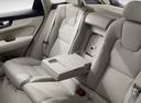 Фото авто Volvo XC60 2 поколение, ракурс: задние сиденья