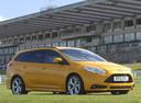 Фото авто Ford Focus 3 поколение, ракурс: 315 цвет: золотой