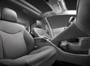 Фото авто Toyota Prius 3 поколение [рестайлинг], ракурс: сиденье