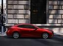 Фото авто Mazda 3 BM, ракурс: 270 цвет: красный