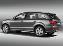 Фото авто Audi Q7 4L [рестайлинг], ракурс: 135 цвет: серый