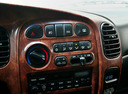 Фото авто Hyundai H-1 Starex, ракурс: центральная консоль