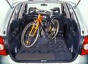 Фото авто Mazda MPV LW, ракурс: багажник