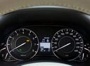 Фото авто Nissan Patrol Y62, ракурс: приборная панель