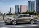 Фото авто Volkswagen Passat B7, ракурс: 45 цвет: коричневый
