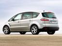 Фото авто Ford S-Max 1 поколение, ракурс: 135 цвет: серебряный