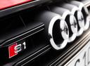 Фото авто Audi S1 8X, ракурс: шильдик