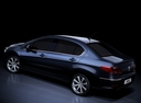 Фото авто Peugeot 408 1 поколение, ракурс: 135 цвет: синий