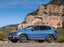 Фото авто BMW X3 G01, ракурс: 45 цвет: голубой