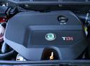 Фото авто Skoda Fabia 6Y, ракурс: двигатель