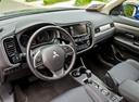 Фото авто Mitsubishi Outlander 3 поколение [рестайлинг], ракурс: торпедо