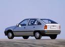 Фото авто Opel Kadett E, ракурс: 135