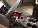 Фото авто Ford Explorer 4 поколение, ракурс: элементы интерьера