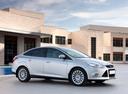 Фото авто Ford Focus 3 поколение, ракурс: 315 цвет: серебряный