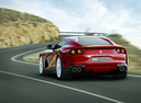 Фото авто Ferrari 812 Superfast 1 поколение, ракурс: 135 цвет: красный