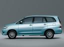 Фото авто Toyota Innova 1 поколение [2-й рестайлинг], ракурс: 90