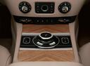 Фото авто Rolls-Royce Wraith 2 поколение, ракурс: центральная консоль