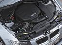 Фото авто BMW M3 E90/E92/E93, ракурс: двигатель