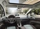 Фото авто Opel Meriva 2 поколение, ракурс: салон целиком