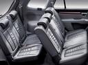 Фото авто Hyundai Santa Fe CM, ракурс: задние сиденья