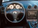 Фото авто Mazda MX-5 NB [рестайлинг], ракурс: торпедо