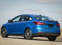 Фото авто Ford Focus 3 поколение [рестайлинг], ракурс: 135 цвет: синий