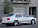 Фото авто Volkswagen Jetta 4 поколение, ракурс: 225 цвет: белый