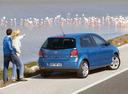 Фото авто Volkswagen Polo 4 поколение [рестайлинг], ракурс: 225 цвет: голубой
