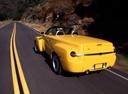 Фото авто Chevrolet SSR 1 поколение, ракурс: 135 цвет: желтый
