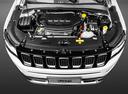 Фото авто Jeep Compass 2 поколение, ракурс: двигатель