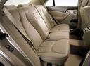 Фото авто Mercedes-Benz S-Класс W220 [рестайлинг], ракурс: задние сиденья