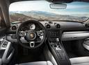 Фото авто Porsche Cayman 982, ракурс: торпедо