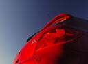 Фото авто Peugeot 307 1 поколение [рестайлинг], ракурс: задние фонари цвет: красный