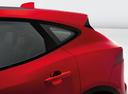 Фото авто Jaguar E-Pace 1 поколение, ракурс: боковая часть цвет: красный
