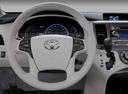 Фото авто Toyota Sienna 3 поколение, ракурс: рулевое колесо