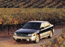 Фото авто Subaru Outback 2 поколение, ракурс: 45 цвет: черный