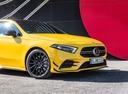 Фото авто Mercedes-Benz A-Класс W177/V177, ракурс: передняя часть цвет: желтый