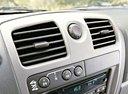 Фото авто Chevrolet Colorado 1 поколение, ракурс: элементы интерьера